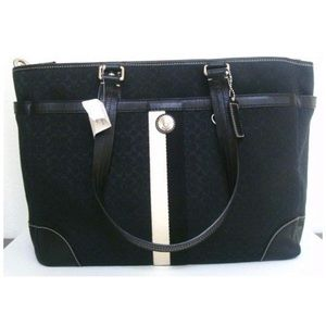 Coach Voyager /Carry All / Tote / Diaper Bag 13813